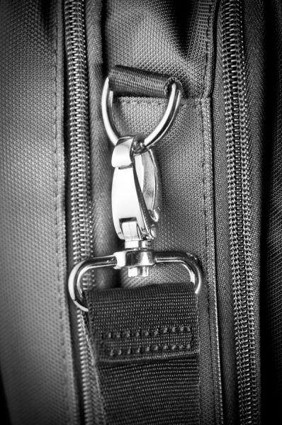 Сива чанта, размер М, Laptop Pillow за 15.6 инча лаптоп