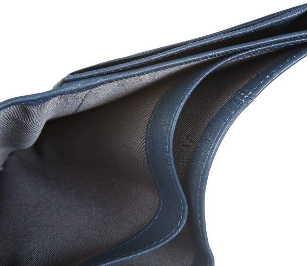 Портфейл Bugatti Manhattan с 6 отделения за карти