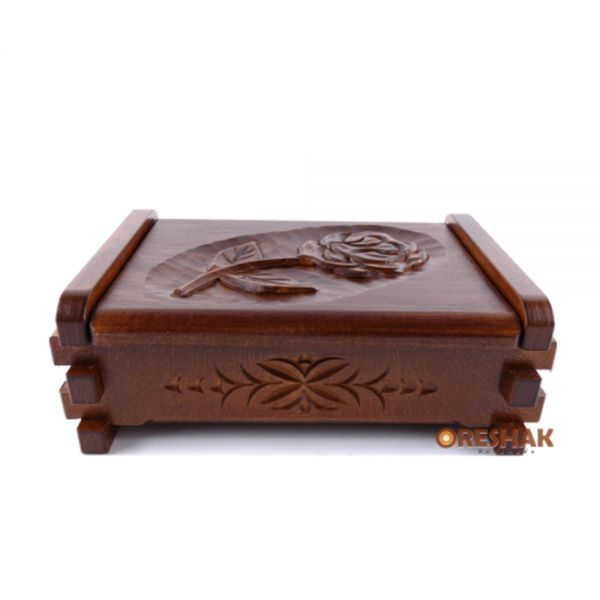 Кутия за пръстени, с дърворезба, опешен ефект