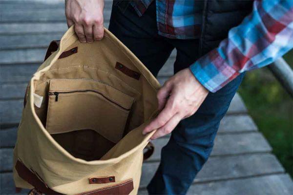 Голяма мъжка кожена чанта DiGeordie, Жълт Сахара