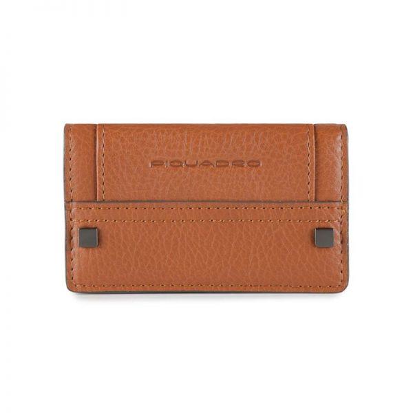 Дамски портфейл Piquadro с 6 отделения за кредитни карти