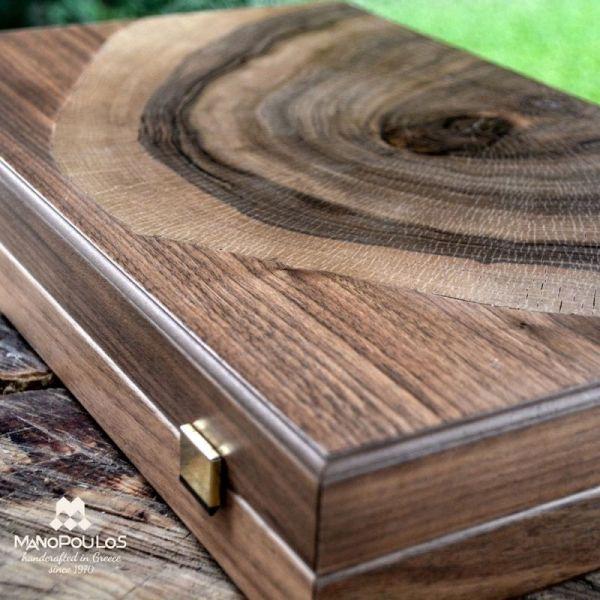 Луксозна табла Manopoulos, естествено орехово дърво 48x30 см